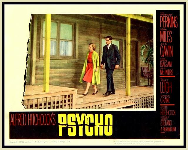 Marion Crane (Janet Leigh), Arizona'da bir emlak ofisinde çalışmaktadır.Sevgilisi Sam (John Gavin) ile evlenmek istemektedir ancak çiftin çok az parası vardır. Bir cuma günü, patronu Marion'a bankaya para yatırması için 40 bin dolar verir... Marion, bu parayla Sam'le hayal ettikleri hayatı kurabileceklerine karar verir ve parayı çalarak Sam'le buluşmaya gider. Yolda Bates Motel'de konaklamak zorunda kalır. Moteli işleten Norman Bates(Anthony Perkins), annesiyle saplantısı olan genç bir adamdır.Beraber akşam yemeği yerler ve Marion odasına çekilir ve yatmadan önce duş almaya karar verir.