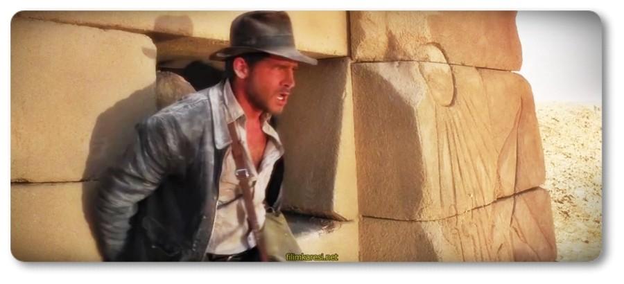 Raiders of the Lost Ark,1981,Steven Spielberg,Harrison Ford,Indiana Jones,Karen Allen,Paul Freeman,Dr. Rene Belloq,Kutsal Hazine Avcıları,Amerika,Индиана Джонс: В поисках утраченного ковчега,ABD,Indy,Marion Ravenwood,Dr. René Belloq,Major Arnold Toht,Indiana Jones,Satipo,Hollywood